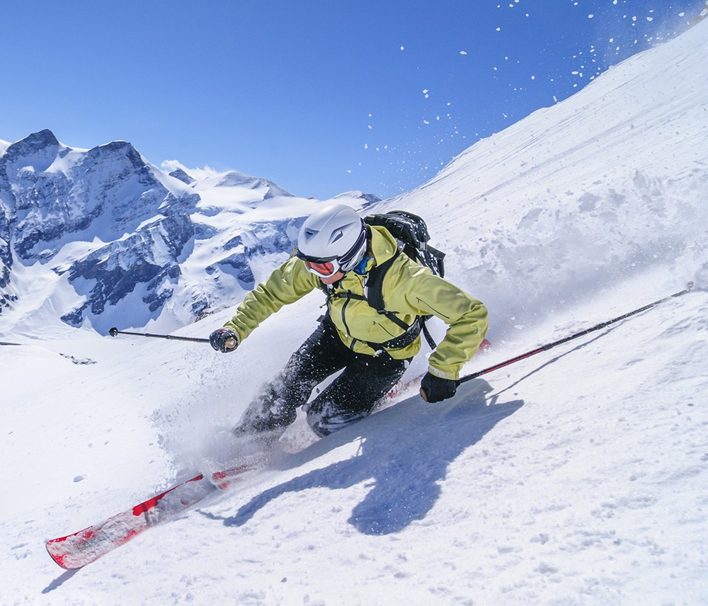 Rent your skis online at Courchevel Le Praz